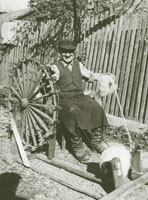 Spinning of wool by the spinning wheel, 1959