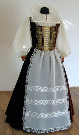 Reconstructed dress