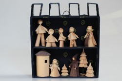 Sixty tremendous years of šúpolienky (cornhusk dolls)